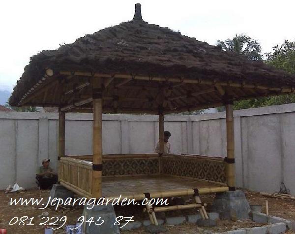 GAZEBO BAMBU >> Jual Gazebo Bambu Petung Jepara Atap Alang-Alang Ijuk Model Saung Harga Murah
