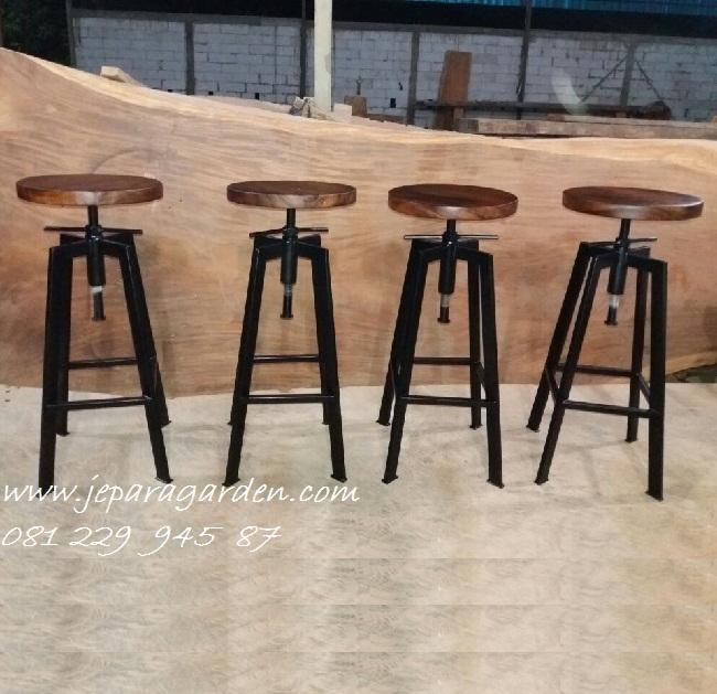 Jual Kursi Bar Bulat Bundar Putar Dari Besi Cafe Stool Murah