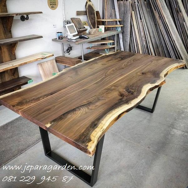 Jual Meja Makan Suar Wood Solid Harga Murah Model Kayu Trembesi Minimalis Mewah Modern Klasik Kaki Besi