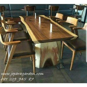 Set Meja Makan Cafe Kayu Trembesi