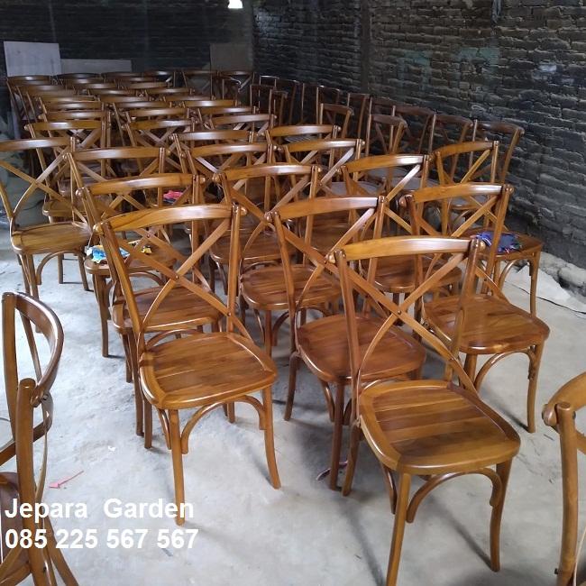Kursi-Makan-Cafe-Kayu-Jati-Unik-Silang-Minimalis (3)