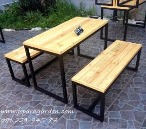Kursi Cafe Model Bangku