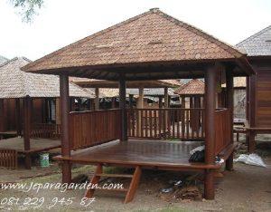 Gazebo Atap Kayu